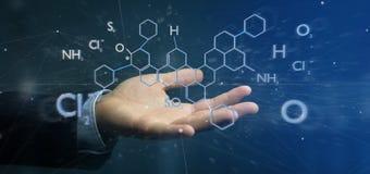 Zakenman die een 3d het teruggeven molecule structuur geïsoleerd o houden Royalty-vrije Stock Afbeeldingen