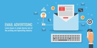 Zakenman die een e-mail marketing campagne, e-mail reclame en bevorderingsconcept leiden Vlakke ontwerp vectorbanner stock illustratie