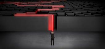 Zakenman die een verklaard donker labyrint beginnen stock illustratie