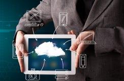 Zakenman die hand getrokken wolk gegevensverwerking tonen royalty-vrije stock afbeeldingen