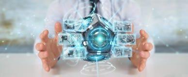 Zakenman die het futuristische de camera van de hommelveiligheid 3D teruggeven gebruiken Stock Afbeeldingen