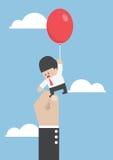 Zakenman die met ballon wegvliegen maar door groot worden belemmerd stock illustratie