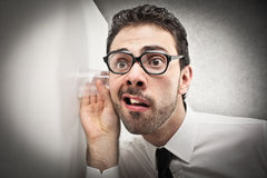 Zakenman het spioneren Stock Foto's