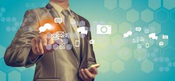Zakenman het werken met digitale grafiek, bedrijfsverbetering bedriegt Royalty-vrije Stock Afbeelding
