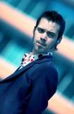 Zakenman met Blauwe Tint Earbud Stock Fotografie