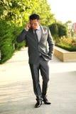 Zakenman met Celtelefoon royalty-vrije stock fotografie