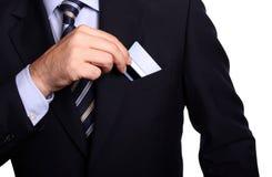 Zakenman met een elektronische kaart op zijn zak Royalty-vrije Stock Fotografie