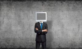 Zakenman met monitor in plaats van hoofd Stock Fotografie