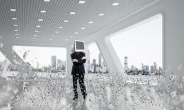 Zakenman met monitor in plaats van hoofd Stock Foto