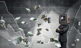 Zakenman met oude TV in plaats van hoofd Royalty-vrije Stock Foto