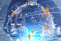 Zakenman met tablet, mondiaal sociaal net stock foto's