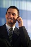 Zakenman op Cellphone Stock Foto