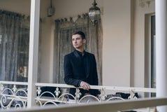 Zakenman op het balkon Royalty-vrije Stock Foto's