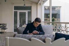 Zakenman op het balkon Royalty-vrije Stock Foto