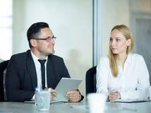 Zakenman Sharing Ideas in Vergadering royalty-vrije stock afbeelding