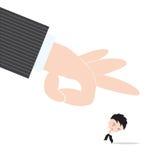 Zakenman, zorg en vrees de geschopte hand van werkgever of tokkelt, samenvatting van bedrijfsrekruteringsconcept Royalty-vrije Stock Foto