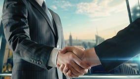 Zakenmanhandenschudden op belangrijke vergadering in de tweede versie van Manhattan stock footage