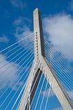 Zakim邦克山纪念桥梁在波士顿,美国 免版税图库摄影
