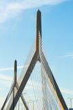 Zakim邦克山纪念桥梁在波士顿 免版税库存照片