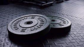 Zakończenie dla w górę waga ciężka talerzy na gym podłodze gotowej używać dla siła treningu Sprawności fizycznej ćwiczenia wyposa zbiory
