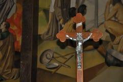 Zakończenie krzyż z wizerunkiem jezus chrystus fotografia stock