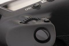 Zakończenie makro- strzał nowożytna cyfrowa SLR kamera Szczegółowa fotografia czarny kamery ciało z klasycznym szerokim apertura  fotografia stock