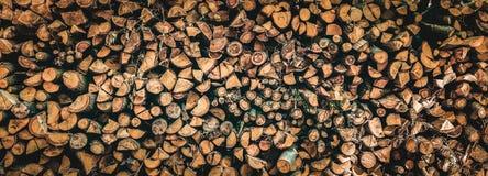 Zakończenie na zapasie drewno dla ogrzewać Zdjęcia Royalty Free