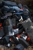 Zakończenie ogienia węgiel w kuchence obraz stock