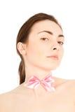 Zakończenie piękna kobieta z łęku krawatem Zdjęcie Stock