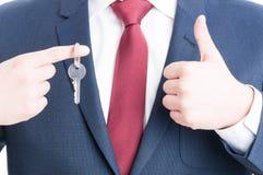 Zakończenie pokazuje wpisuje jak agent nieruchomości i Fotografia Stock