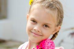 Zakończenie portret piękne sześć roczniaków dziewczyn obrazy royalty free