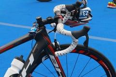 Zakończenie portu bicykl przygotowywał dla triathlon fotografia stock