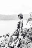 Zakończenie pozuje w tropikalnym lesie magiczna wyspa Bali piękna dziewczyna, Indonezja Obraz Stock