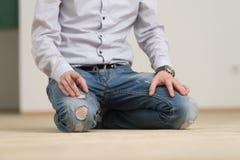 zakończenie samiec Wręcza modlenie W meczecie Obrazy Stock