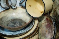Zakończenie stary będący ubranym kuchenny artykuły Obraz Stock