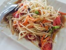 Zakończenie, Tajlandzki jedzenie: & x22; Som Tum& x22; Tajlandzka melonowiec sałatka Zdjęcie Royalty Free