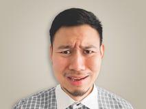 Zakończenie up headshot płacz twarzy mężczyzna zdjęcie stock