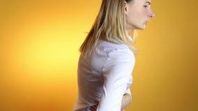 Zakończenie up kobieta plecy który rozdaje z backache zbiory
