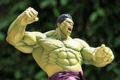 Zakończenie w górę strzału hulk w mścicieli superheros postaci w akcji obrazy royalty free