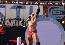 Zakończenie WWE zapaśnik Randy Orton robi podpis pozie z ar Zdjęcia Royalty Free