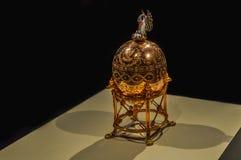 Zakończenie Faberge jajko bocian Obraz Royalty Free
