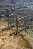 Zakończenie metali schodki woda morska 2 Obraz Royalty Free