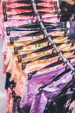 Zakończenie seksowni kobieta majtasy w moda sklepie Seksowni majtasy w zakupy centrum handlowym Obrazy Royalty Free