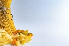 Zakończenie spaghetti makaronu kluski Fotografia Royalty Free