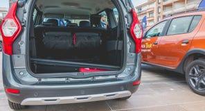 Zakończenie up na samochodach na Dacia wycieczce turysycznej 2017 Fotografia Royalty Free