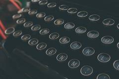 zakończenie wpisuje maszyna do pisania zdjęcie stock