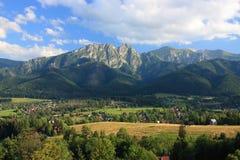 Zakopane, de Bergen van Polen - Tatra-van de weg aan wka die à worden gezien ³ van GubaÅ ' Royalty-vrije Stock Fotografie