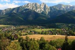 Zakopane, de Bergen van Polen - Tatra-van de weg aan wka die à worden gezien ³ van GubaÅ ' Royalty-vrije Stock Afbeeldingen