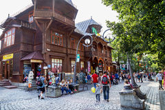Zakopane, Polen - Augustus 24, 2015: Beroemde Krupowki-straat Royalty-vrije Stock Afbeeldingen