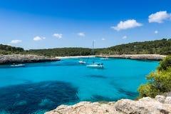 Zakotwienie przy Mallorca parka narodowego krajobrazem Fotografia Royalty Free